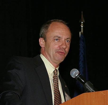 Ward_Armstrong_podium