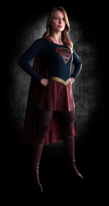 SUPERGIRL-First-Look-Image-Full-Body